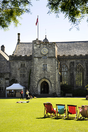 Dartington International Summer School