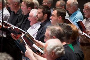 Birmingham Bach Choir - Men rehearsing